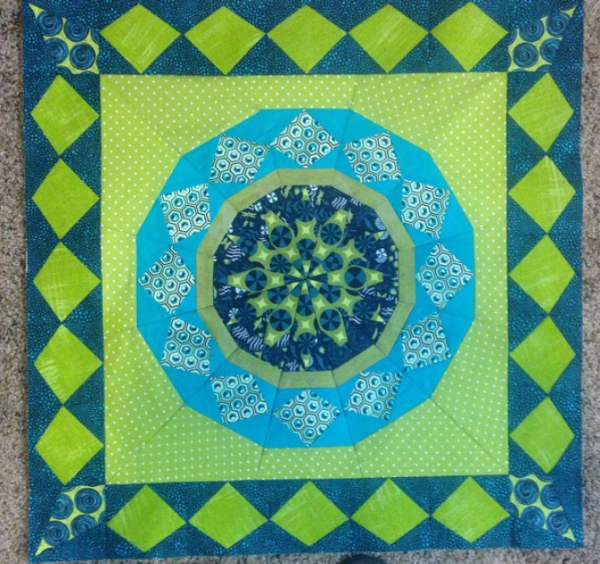 Celestial Star with border pattern by Joanna, @kustomkwilts