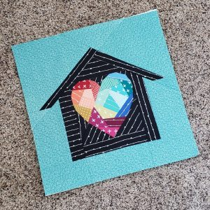 Home Lovin 14 inch block by Marie Heppler, using Geometric Heart from the Heart Attack pattern.